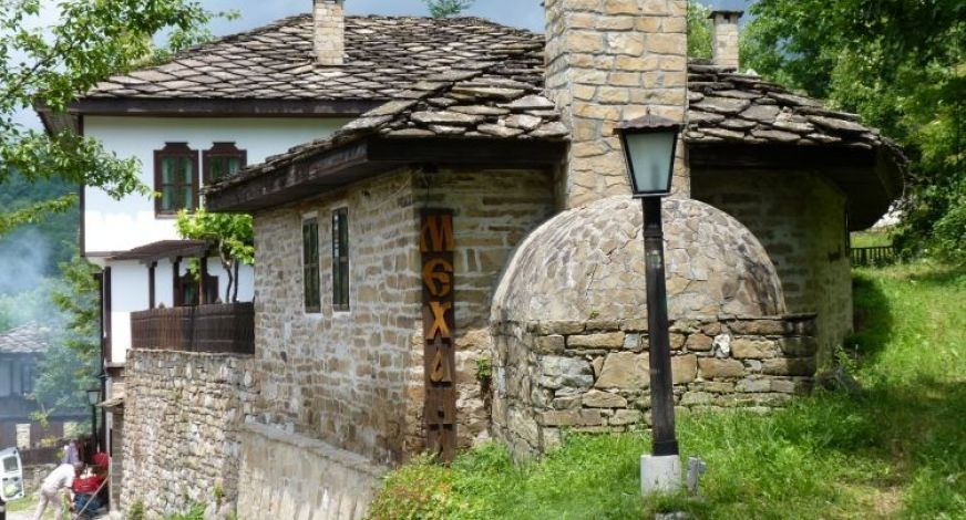 eco-houses-bozhentsi